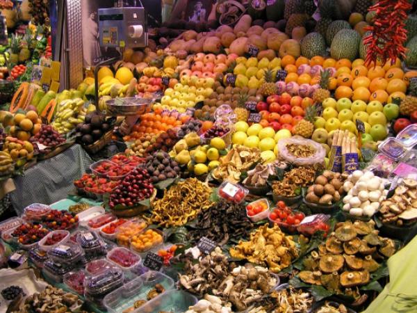 Los mas importantes rastros y mercadillos de barcelona y - Mercado antiguedades barcelona ...